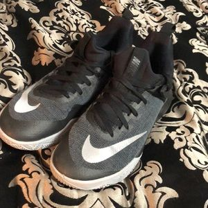 Nike Zooms Basketball Shoes